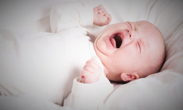 المغص عند الرضع